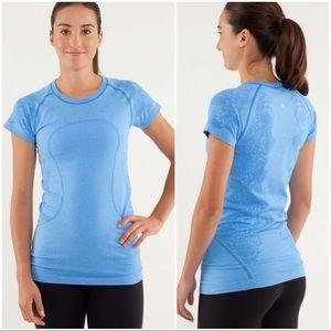 Lululemon Blue Swiftly Short Sleeve Size 2/4